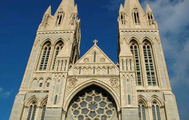 truro_cathedral-front